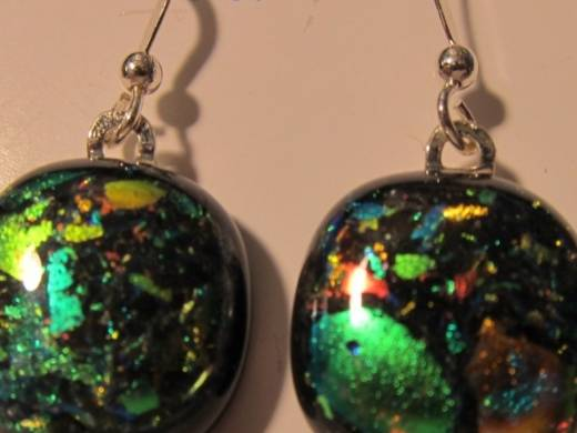 ohgw black with dichroic chips in green and bronze