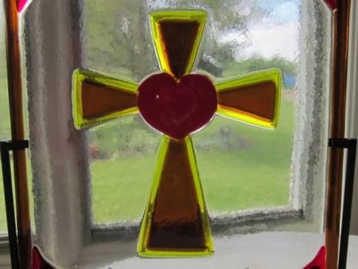 ohgw yellow and medium amber cathedral cross with heart centerpiece