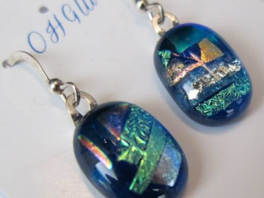 ohgw medium blue cathedral base with large multi color dichroic chips
